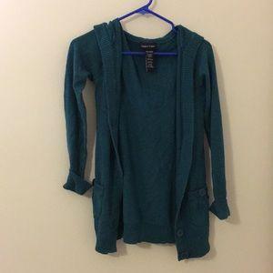 blue/green sweater